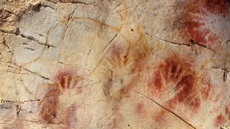 U-Th ratios indicate that the red disk was made at least 40,800 years ago and the hand stencils were made 37,300 years ago.